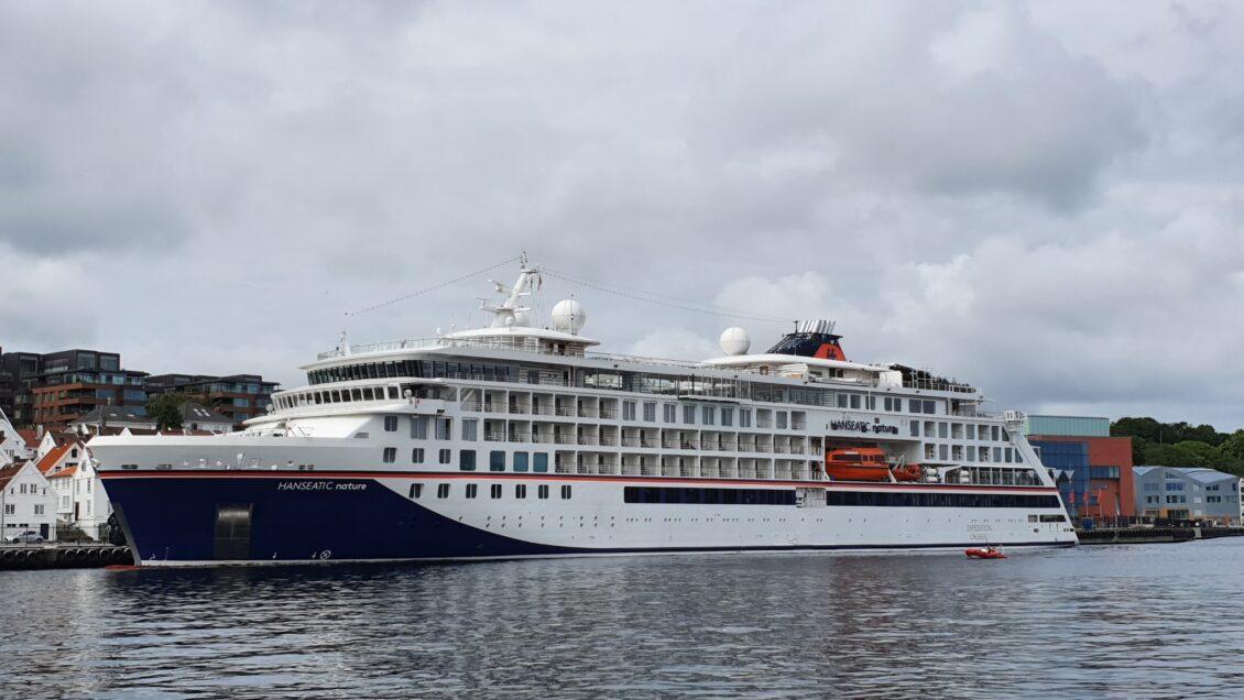«Hanseatic Nature» har åpnet cruisesesongen i Stavanger etter pandemipausen
