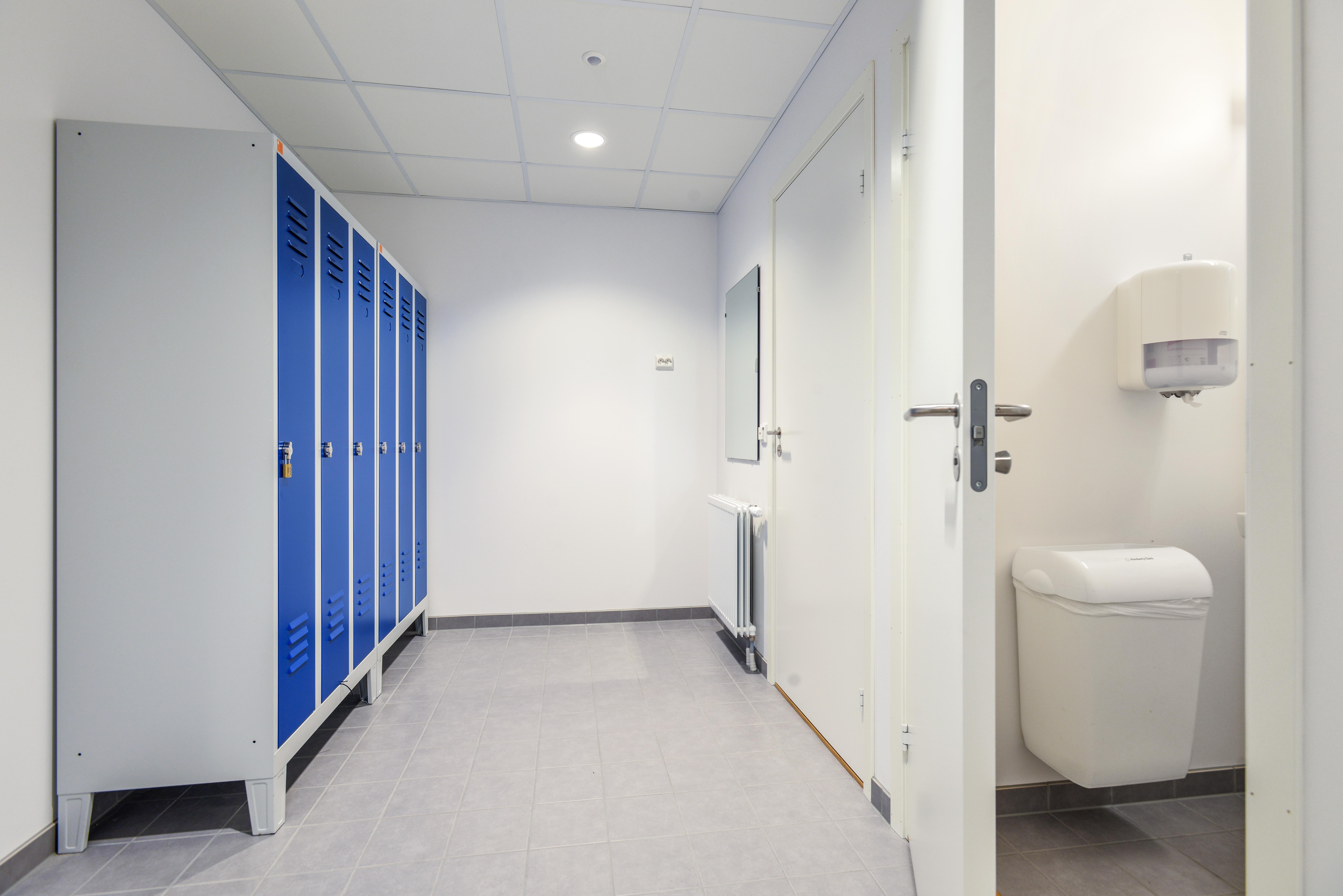 Skur 6 garderobe og toalett